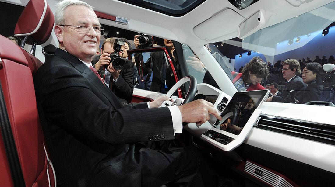 VW-Konzernabend, Genfer Autosalon 2011, VW Bulli, Martin Winterkorn
