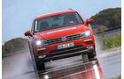 VW Tiguan 2.0 TSI 4Motion, Frontansicht, Slalom