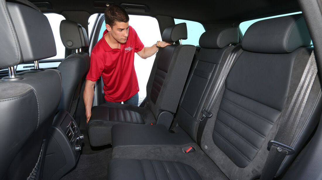 VW Touareg 3.0 TDI, Rücksitz, Umklappen