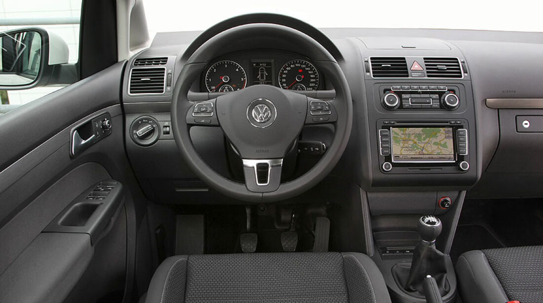 VW Touran Cockpit