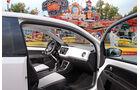VW Up 1.0 White, Cockpit, Seitentür