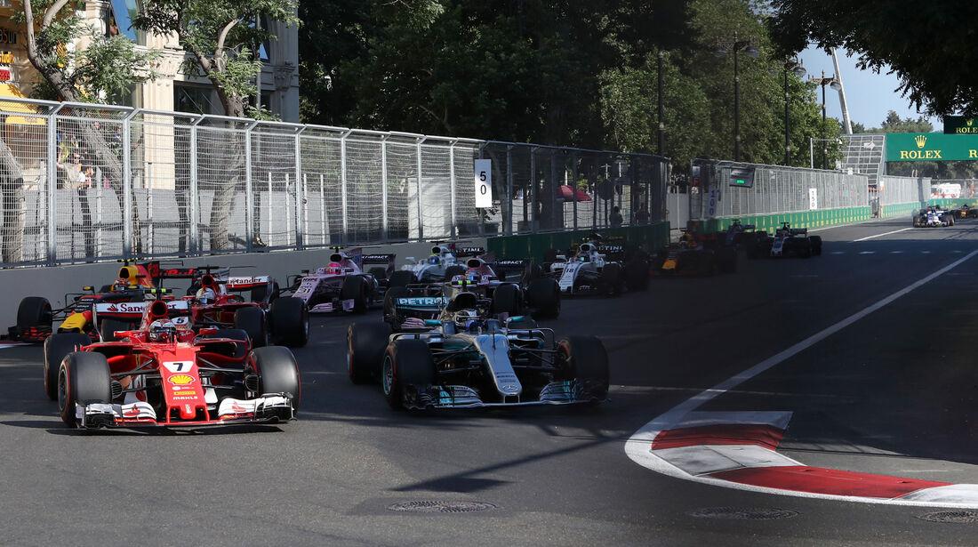 Valtteri Bottas - Kimi Räikkönen - GP Aserbaidschan 2017 - Baku - Rennen