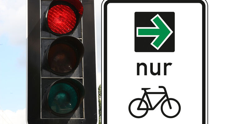 Verkehrszeichen Grüner Pfeil nur Radfahrer