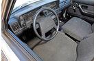 Volvo 240, Cockpit