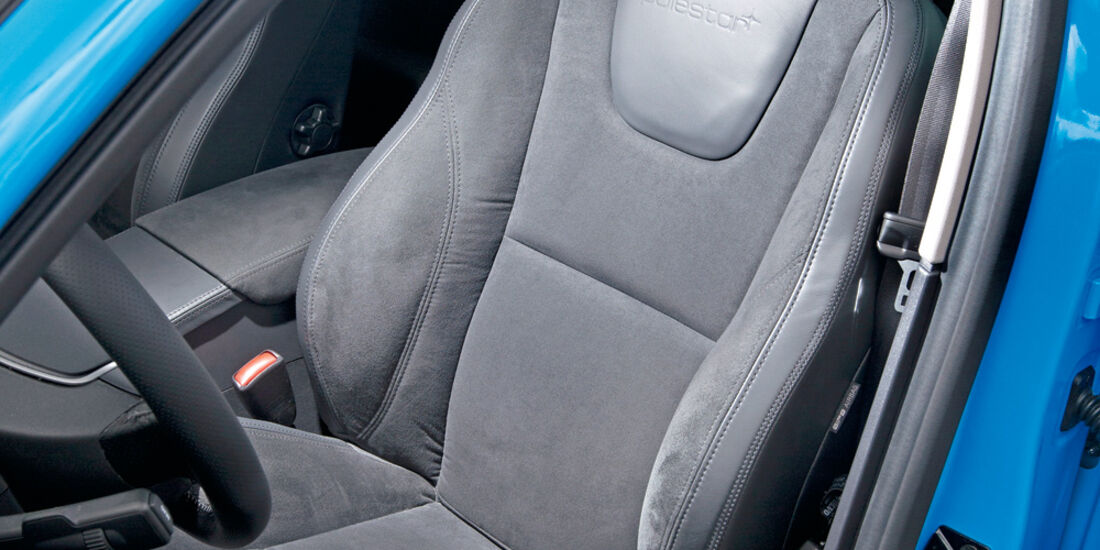 Volvo S60 Polestar, Fahrersitz