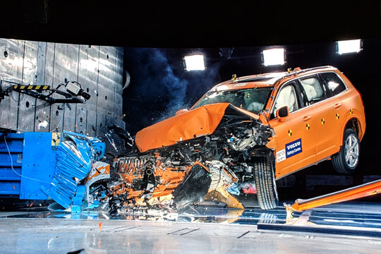 Volvo Safety Moments
