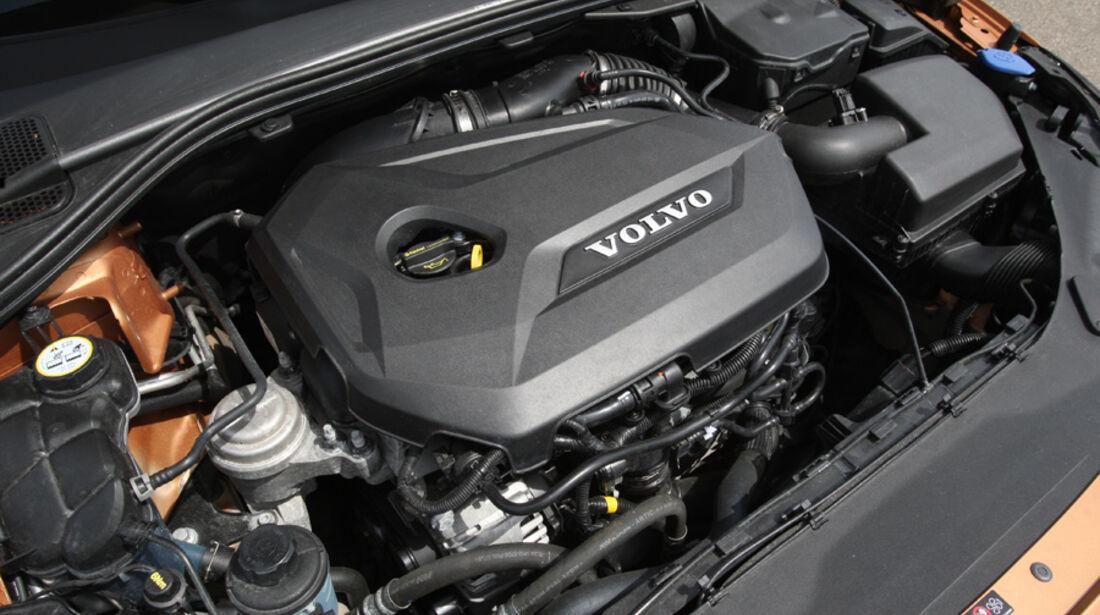 Volvo V 60 T3, Motorraum, Motor
