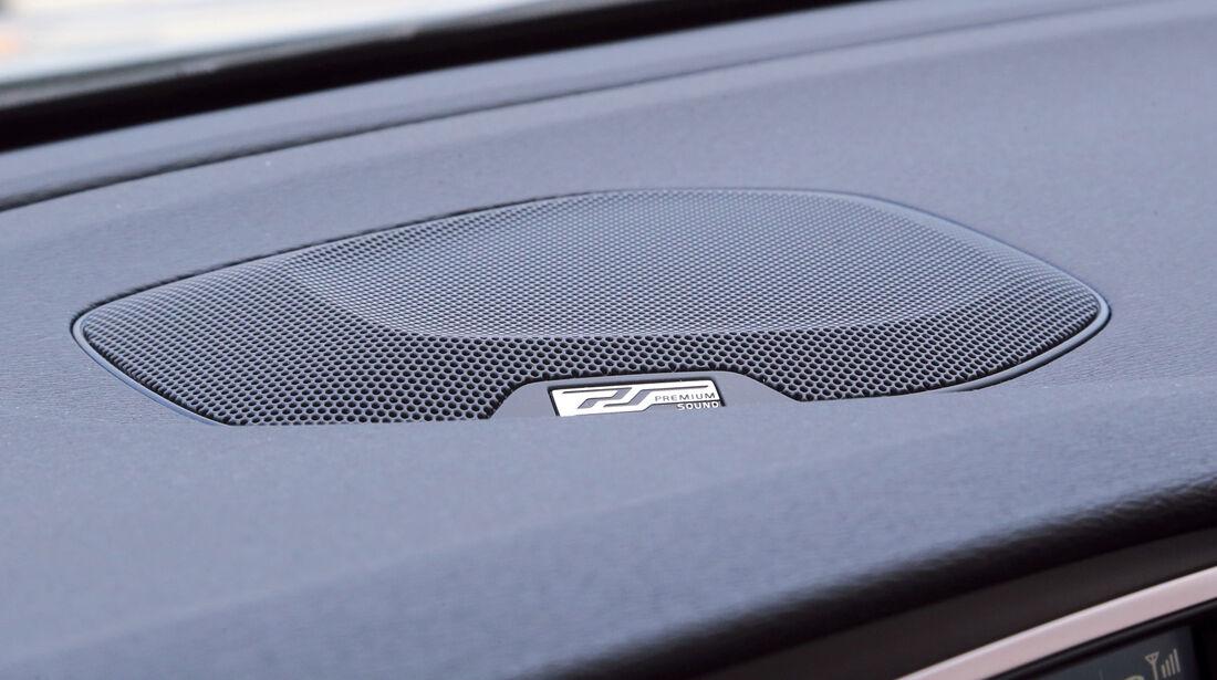 Volvo V40, Lautsprecher