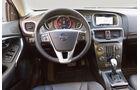 Volvo V40, Lenkrad, Cockpit