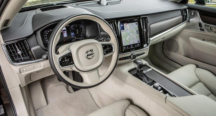 Volvo V90 Cross Country, Interieur