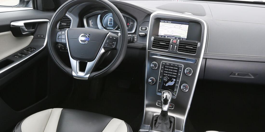 Volvo XC 60 D4 AWD, Cockpit