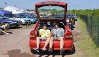 getunte Opel in Reihe