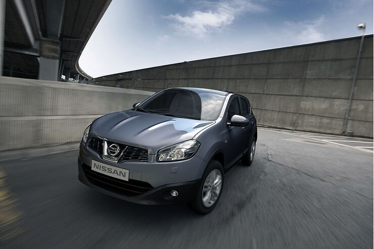 facelift f r den nissan qashqai modellpflege 2010 auto. Black Bedroom Furniture Sets. Home Design Ideas