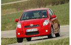 sport auto-Exotendeals bis 15.000 Euro, Gebrauchtwagen-Spezial, 04/2016, Toyota Yaris TS 1.8